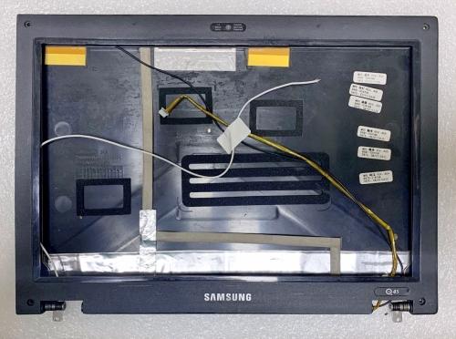Крышка матрицы Samsung Q45 в сборе